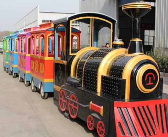The amusement park trains